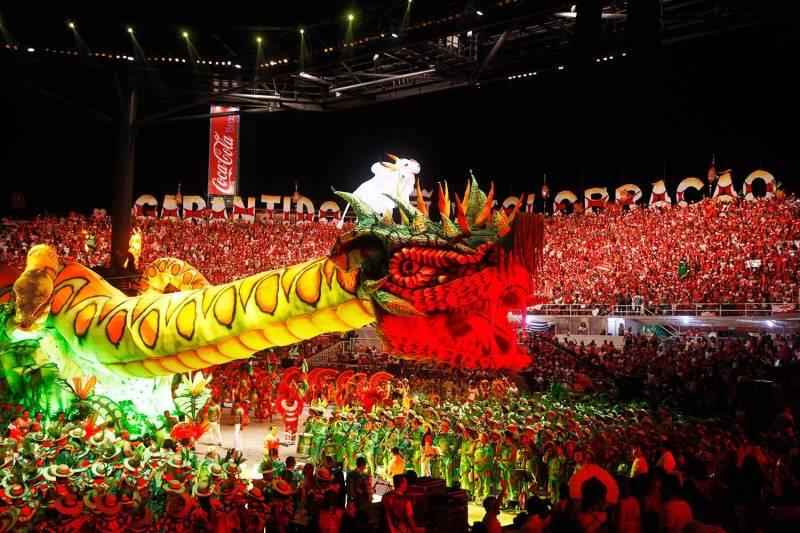 Festival de Parintins, no Amazonas - Destinos brasileiros para viajar sozinha