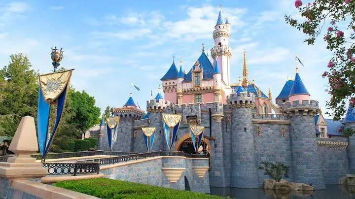 Cambios por la Reapertura de Disneyland