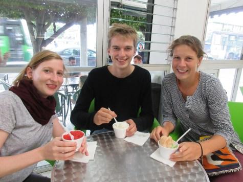 Mit Margareta und Lucia beim Eis essen