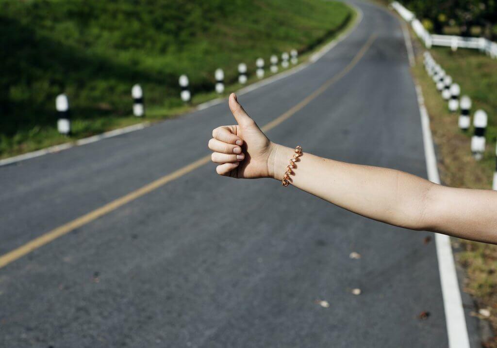 ¿Alguna vez has hecho autostop? vamosaudioblog.com