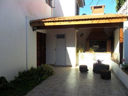 MAR DEL TUYÚ: Duplex 3 ambientes