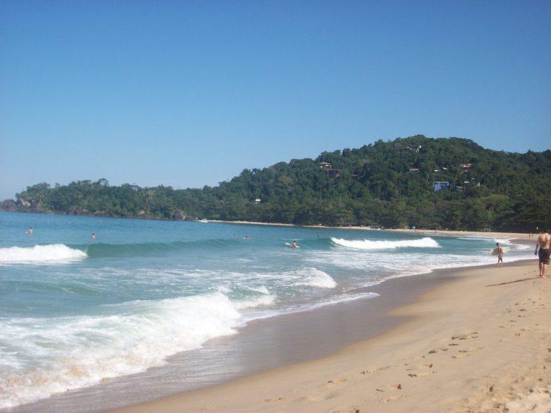 Qual praia conhecer em Ubatuba