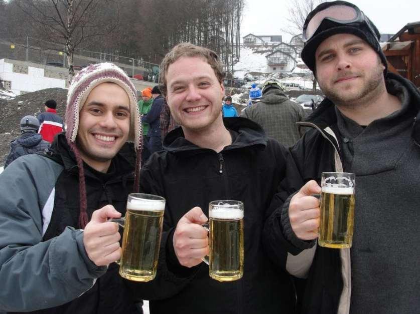Snowboarding com uns broders perto de Colonia.
