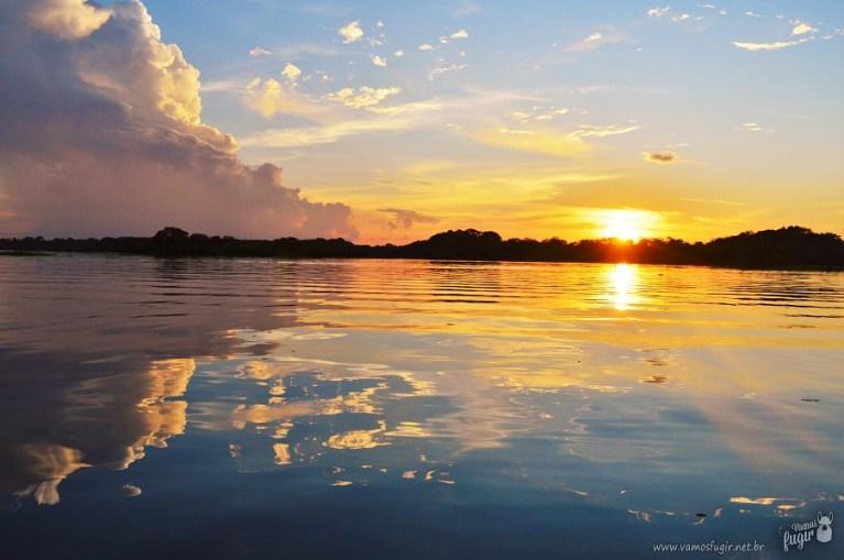 Pôr do sol no Rio Juma, Floresta amazônica