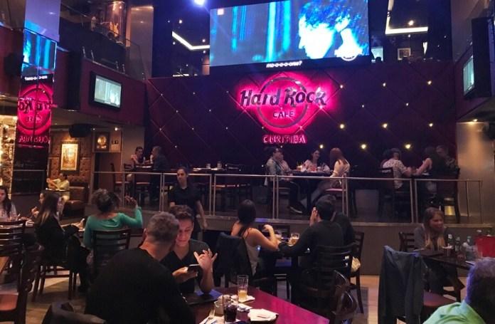 O que fazer em Curitiba na Chuva: ir ao Hard Rock Café
