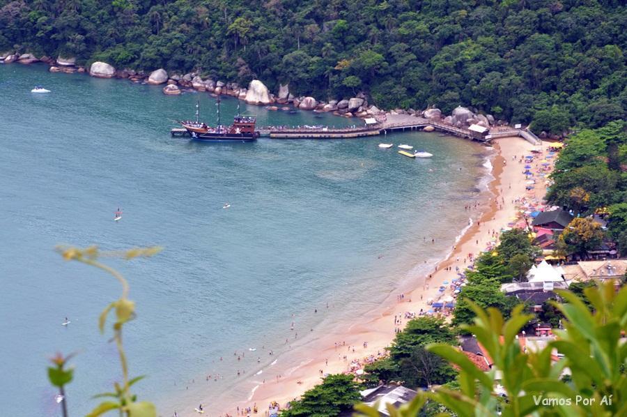 Praia Laranjeiras, Balneário