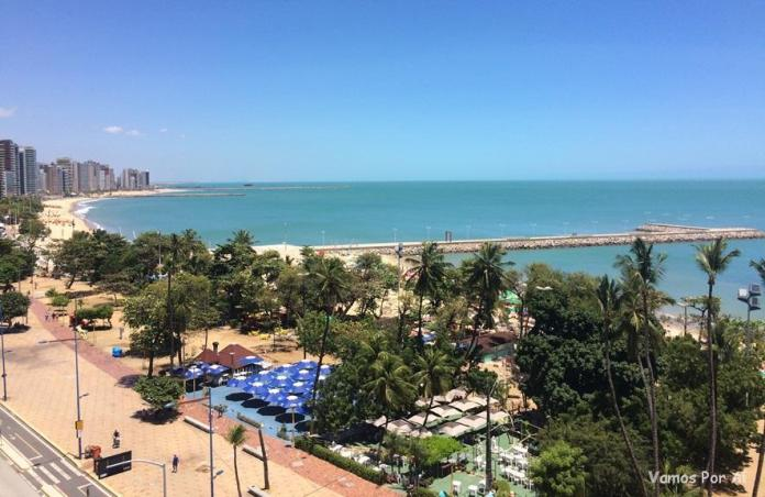 Roteiro em Fortaleza: caminhar pela Av. Beira Mar