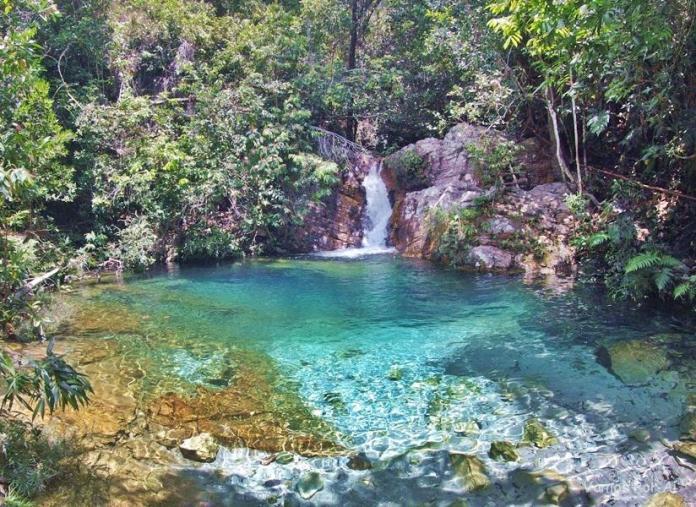 Cachoeira Santa Barbarazinha na Chapada dos Viadeiros