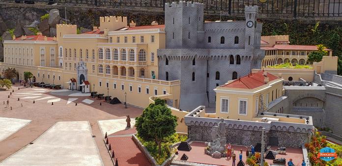 Castelo do Príncipe de Mônaco no Mini Mundo em Gramado