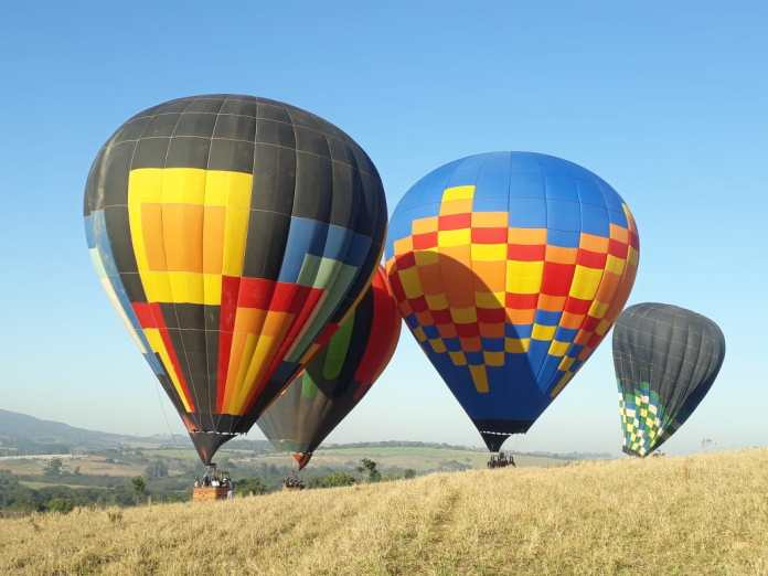 Voo de balão em Pirenópolis, voo de balão em Pirinópolis, balão em Piri