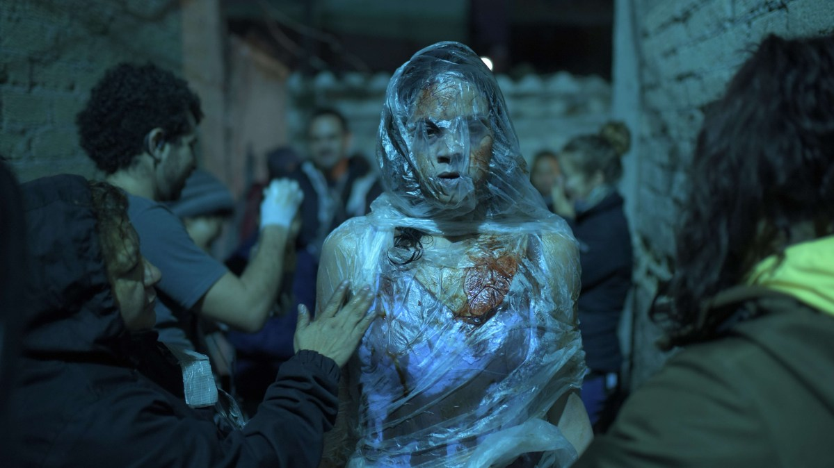INTERVIEW: Director Issa López on Award-Winning Fantasy-Horror 'Tigers Are Not Afraid'