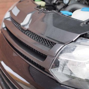 DARK CARBON Badgeless Grille for Volkswagen T5.1 *CLEARANCE* [B Grade] -20078