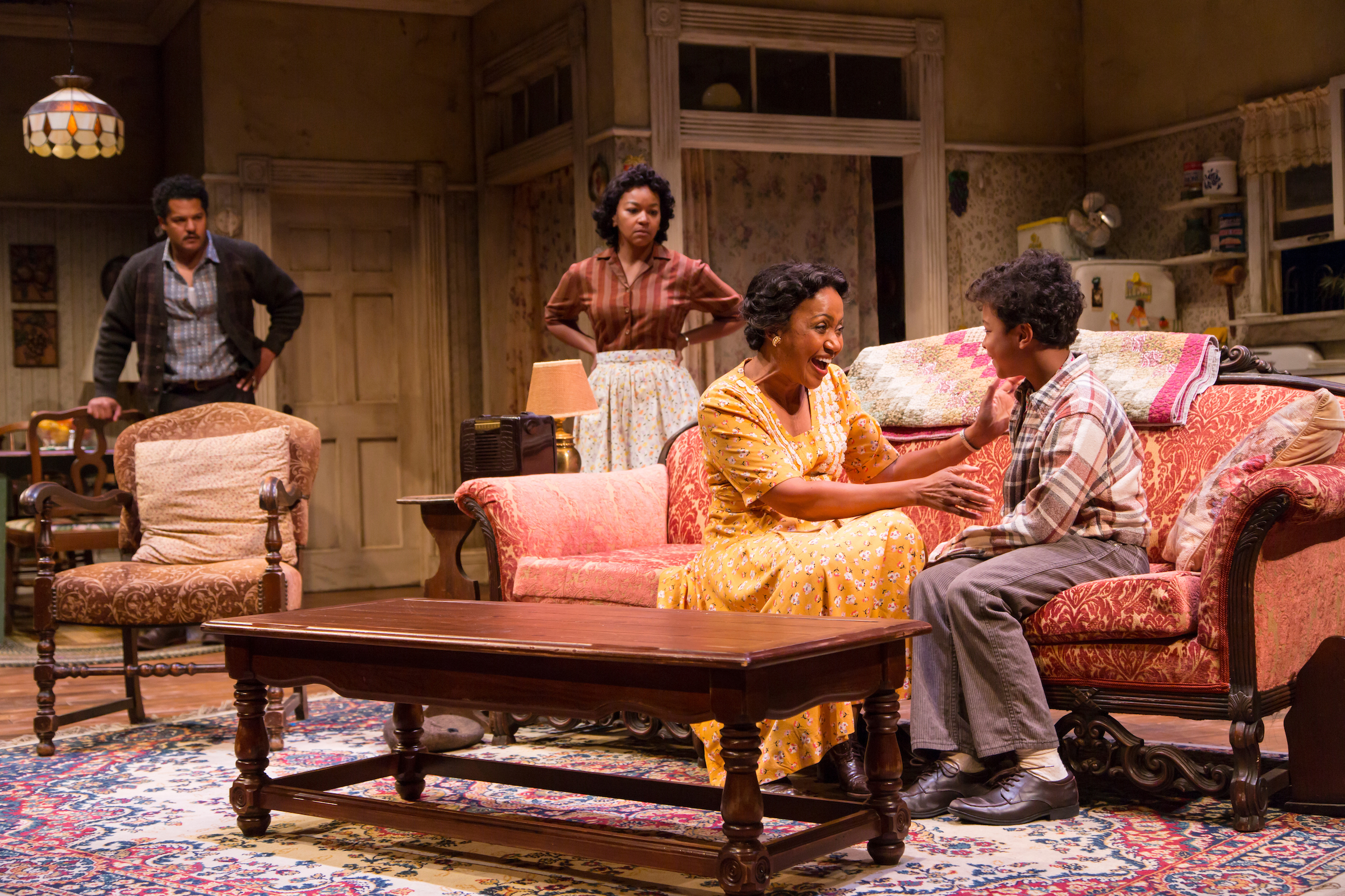 A Raisin In The Sun Cast Deliver Performances In A Play