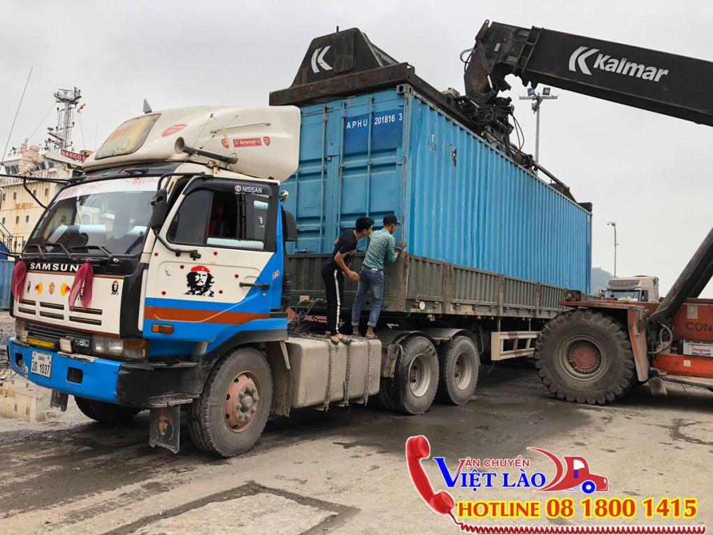 thue-xe-keo-container-di-lao
