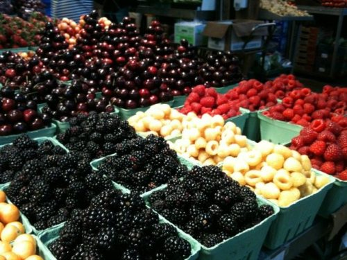 Vancouver Foodie Tour Fresh berries to accompany your holiday desserts