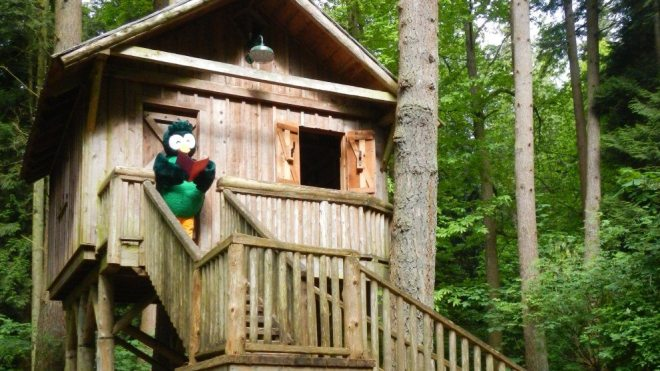 Redwood Park Storytime in the Playhouse: Free Family Outings