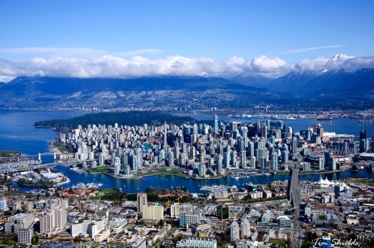 Vancouver - City under the mountains