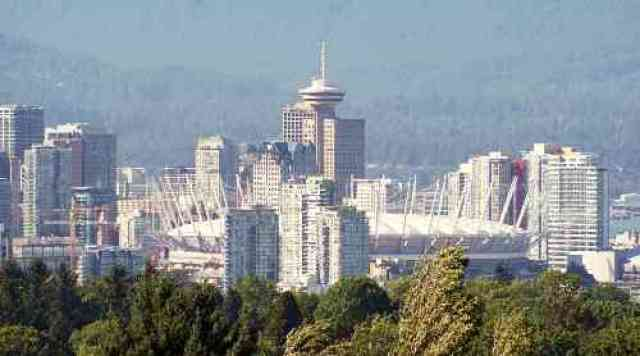 Downtown Vancouver from Queen Elizabeth Park