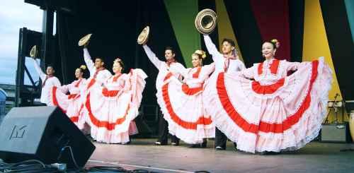 Samba Fusion Dancers at Carnaval del Sol