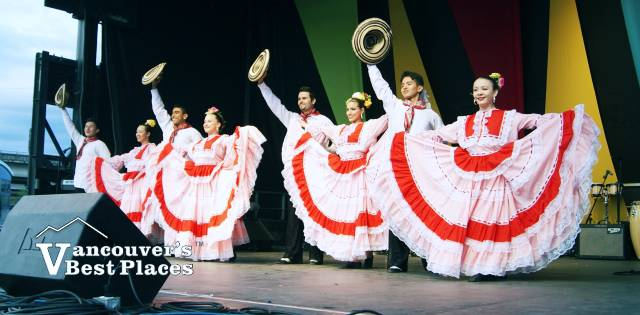 Grupo America at Carnaval del Sol