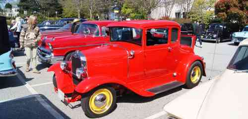 Red Antiques at Car Rally