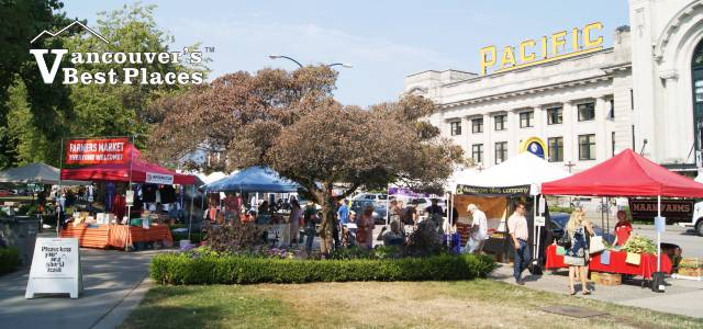 Farmers Market at Central Station