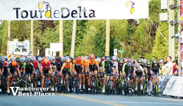 Tour de Delta Men's Start Line