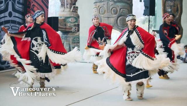 Dancers of Damelahamid Performance