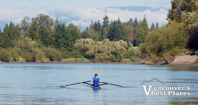 Rowing in Fort Langley