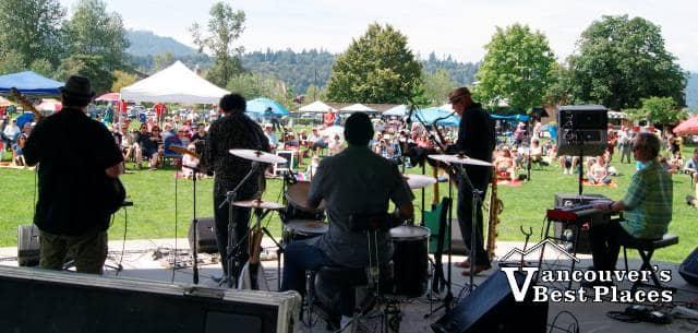 Summer Sundays Band at Rocky Point Park