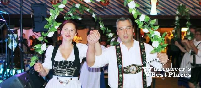 Alpen Plattlers Dancers