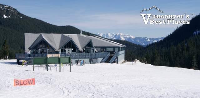 Sasquatch Mountain Ski Lodge