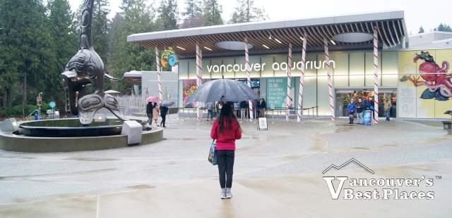 Vancouver Aquarium on a Rainy Day