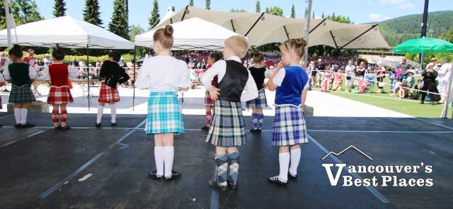 Highland Dance Trio