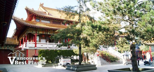 Richmond's International Buddhist Temple