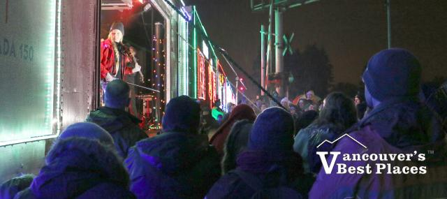 CP Holiday Train Concert and Crowds