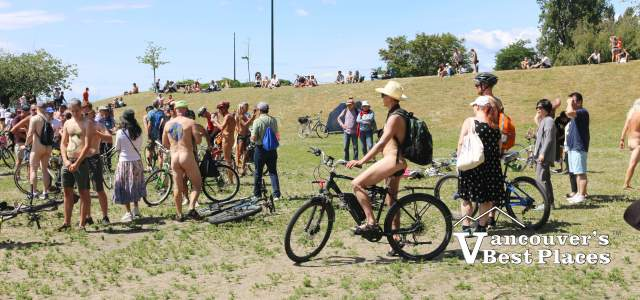 Vancouver Naked Bike Ride Participants
