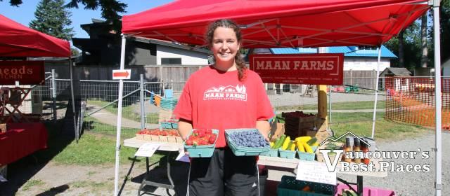 Maan Farms at Farmers Market
