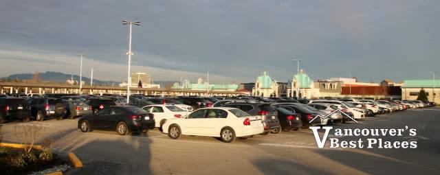 Parking at McArthurGlen Outlet Mall