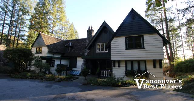 Minnekada Lodge in Coquitlam