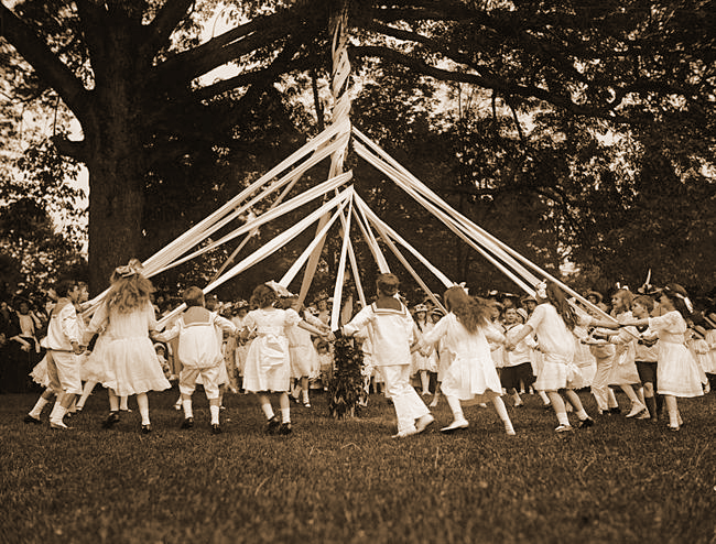 Messy Church and Maypole Dancing - All Ages