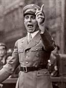 Goebbels tijdens een speech in 1930