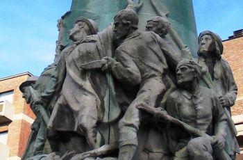 Detail van het standbeeld in Hasselt (Foto: Creative Commons)