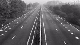 Autoloze zondag in 1973 (cc - Anefo)