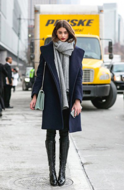 soalpd-l-610x610-scarf-grey-winter+outfits-wool-model-streetstyle-winter+coat-dark+blue-new+york-tumblr-black-runway-coat-snow-trendy