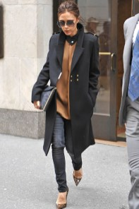 Victoria-Beckham-Fashion-Icon-Street-Style-Long-Coat-700x1050