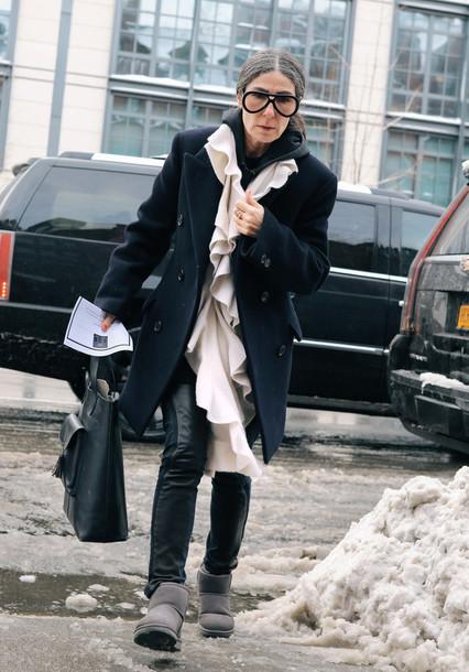 t1sxpf-l-610x610-coat-nyfw+2017-fashion+week+2017-fashion+week-streetstyle-black+coat--ruffle-sunglasses-pants-black+pants-black+leather+pants-leather+pants-boots-grey+boots-ugg