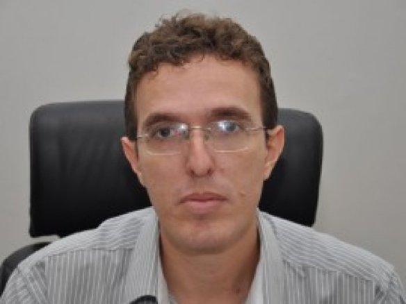 Waldson concordou em receber os deputados estaduais (Imagem da Internet)