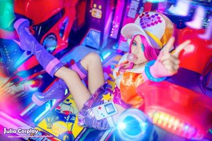 Miss Fortune arcade By: Julia-MiFei ( https://www.facebook.com/JJuliaOuO)