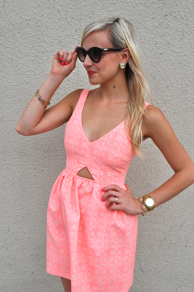18-birthday-dress-pink-umbrella-girly-fashion-outfit-blog-blogger-vandi-fair-lauren-vandiver